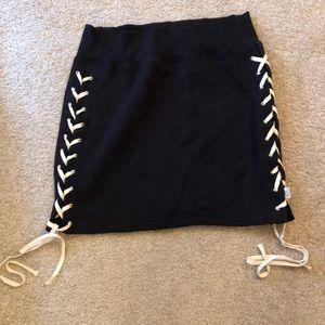 Good American Skirt